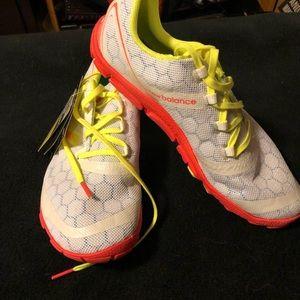 Brand new New Balance minimus shoe. Size 10